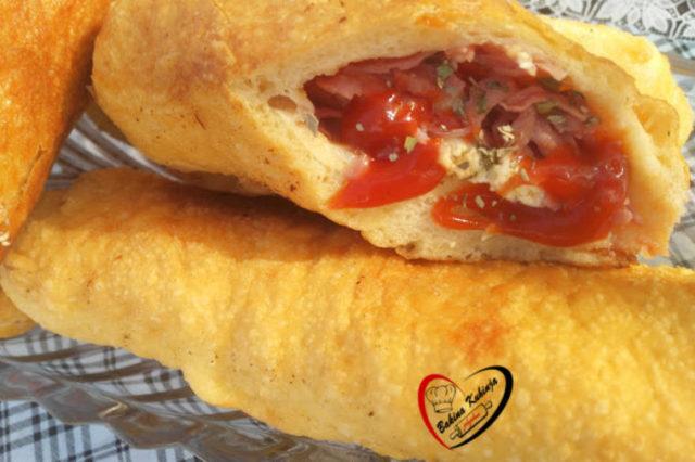 Pica piroške: Uživaćete u svakom zalogaju ovog fantastičnog jela! (RECEPT)
