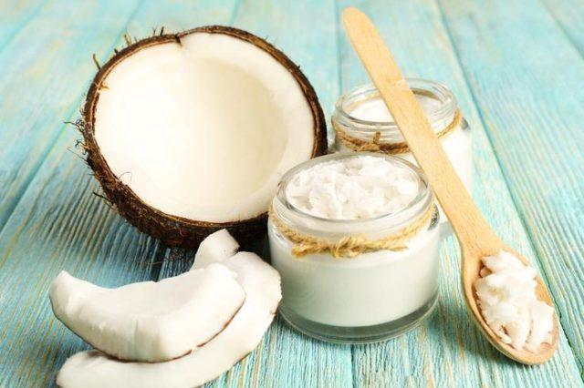 Šta sve radi kašika kokosovog ulja na prazan stomak: I stručnjaci su zapanjeni!