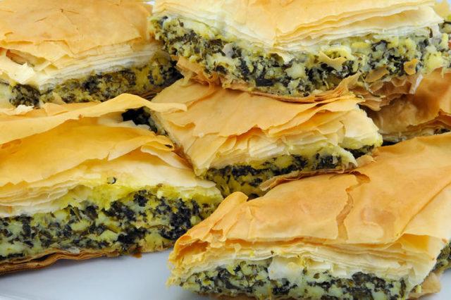 Pita sa blitvom i feta sirom: Brzo rešenje za ukusno jelo! (RECEPT)