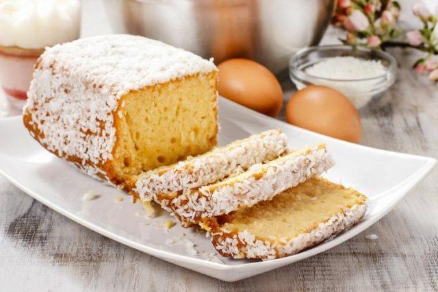 Najjednostavniji kokos kolač: Mekan kao duša, ukus za desetku! (RECEPT)