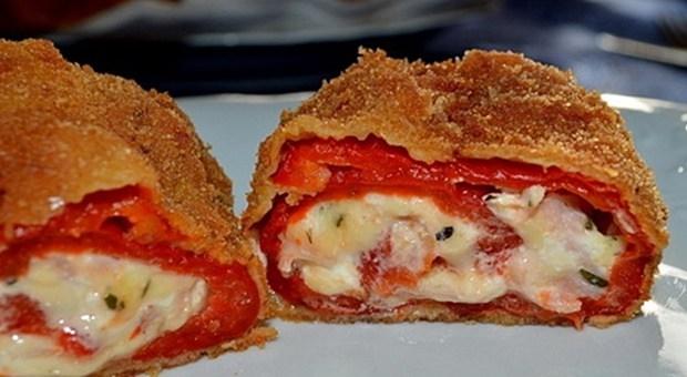 Pohovane crvene paprike sa sirom