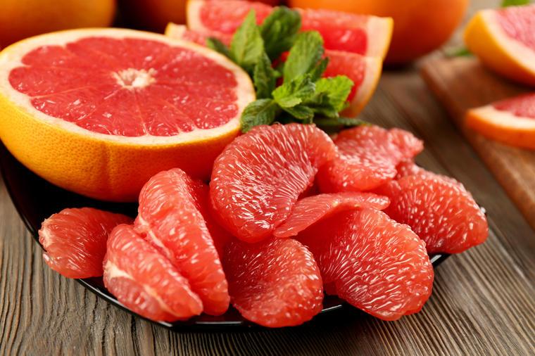 Čudesni crveni grejpfrut: Sprečava kardiovaskularna oboljenja, štiti od raka!