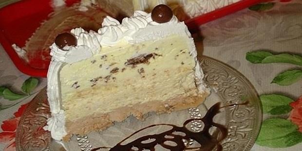 """Domaći """"Štraus"""": Torta koja je idealna za ovo ljetno doba.. Topi se u ustima!!"""