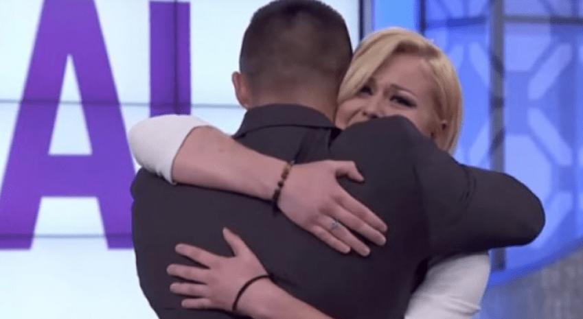 (VIDEO) Usvojile ih različite porodice: Sestra i brat sreli se nakon 18 godina!