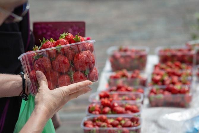 Šta ni voda ne opere: Ovo je najprljavije voće i povrće