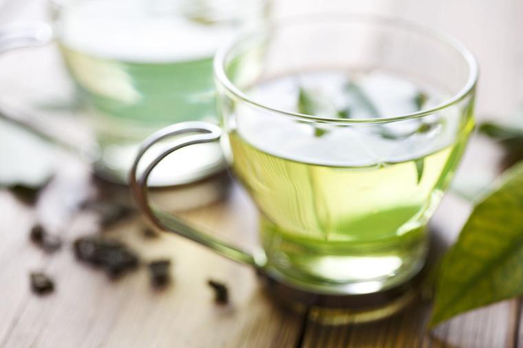 Limunada od zelenog čaja: Ovaj napitak će vam stvarno pomoći da smršate! (RECEPT)