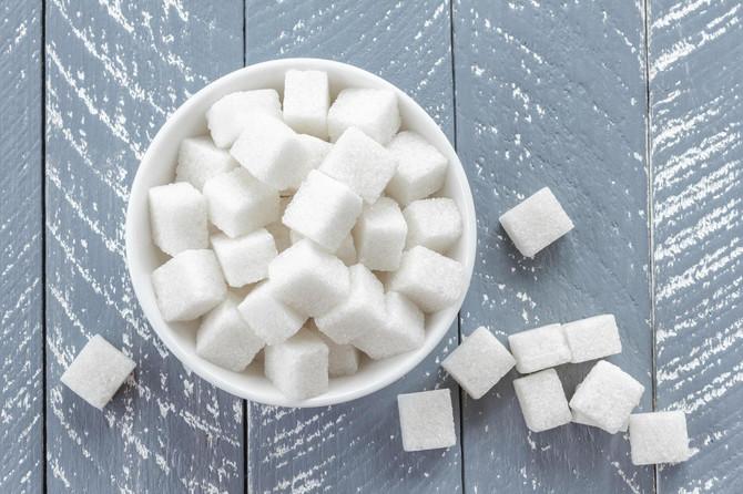 Ako je za vas BELI ŠEĆER BAUK, postoje SAVRŠENO ZDRAVE ZAMENE i imaju O KALORIJA! Nutricionisti tvrde da je OVO NAJBOLJA (i najslađa) alternativa!