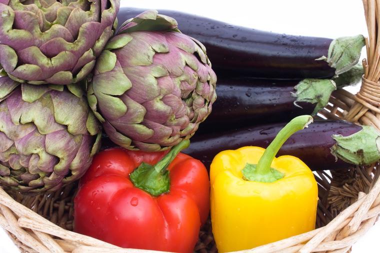 Čisti bubrege, jetru i žuč, pomaže kod alergija i astme: Ovu namirnicu svi treba da jedemo!