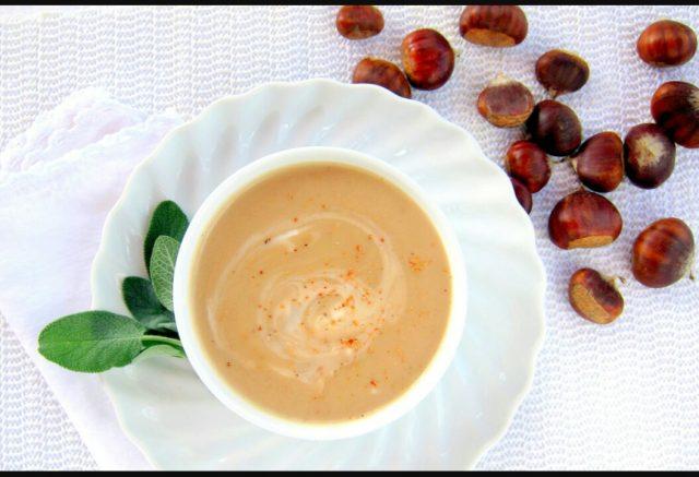 Pikantna juha od kestena