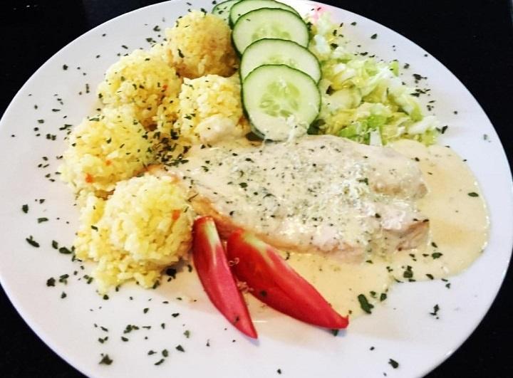 Piletina s gorgonzolom