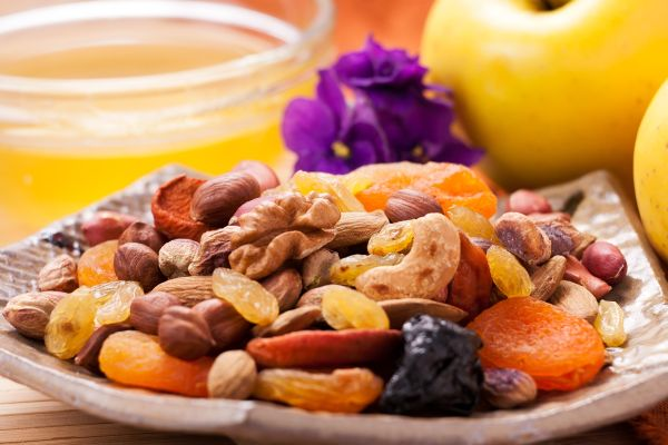 LJEKOVITO SUVO VOĆE: Ovo voće ima više gvožđa nego džigerica!