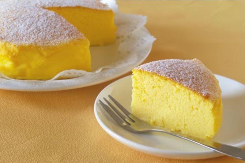 Japanski kolač od sira: Samo tri sastojka za savršen, penasti ukus (VIDEO)