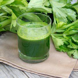 Zelena bomba sa čarobnim dejstvom: Izbacuje toksine, skida kilograme i jača kosti!