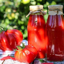Najbolja zimnica : Kuvani paradajz na starinski način bez konzervansa! (RECEPT)