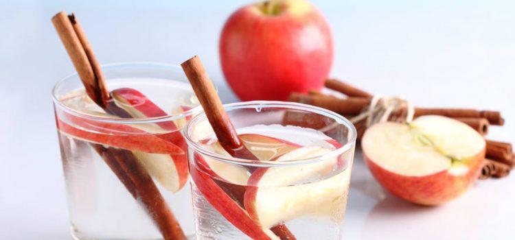 Roditelji, pažljivo birajte što vaša djeca piju! Evo i trika kako da im voda postane omiljeno piće