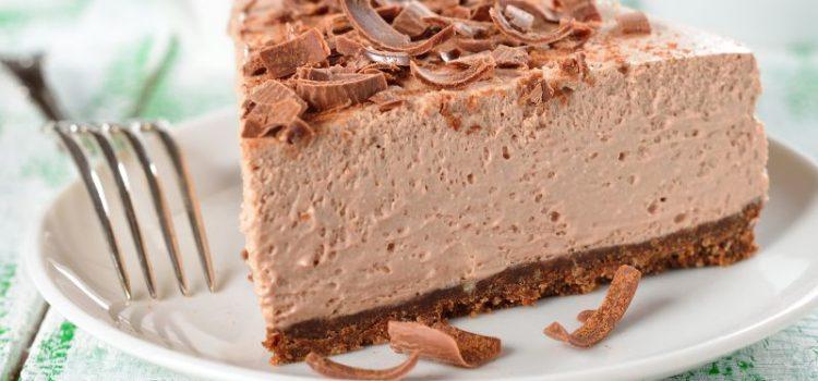 Gotova za 20 minuta: Kremasta čokoladna torta od samo 4 sastojka