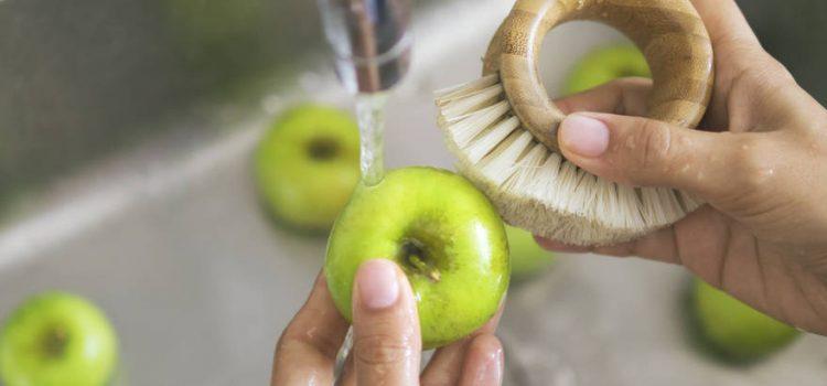Napravite sami sredstvo za čišćenje voća i povrća